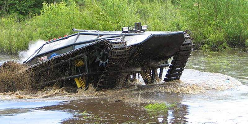 Original Ripsaw 1 crossing water